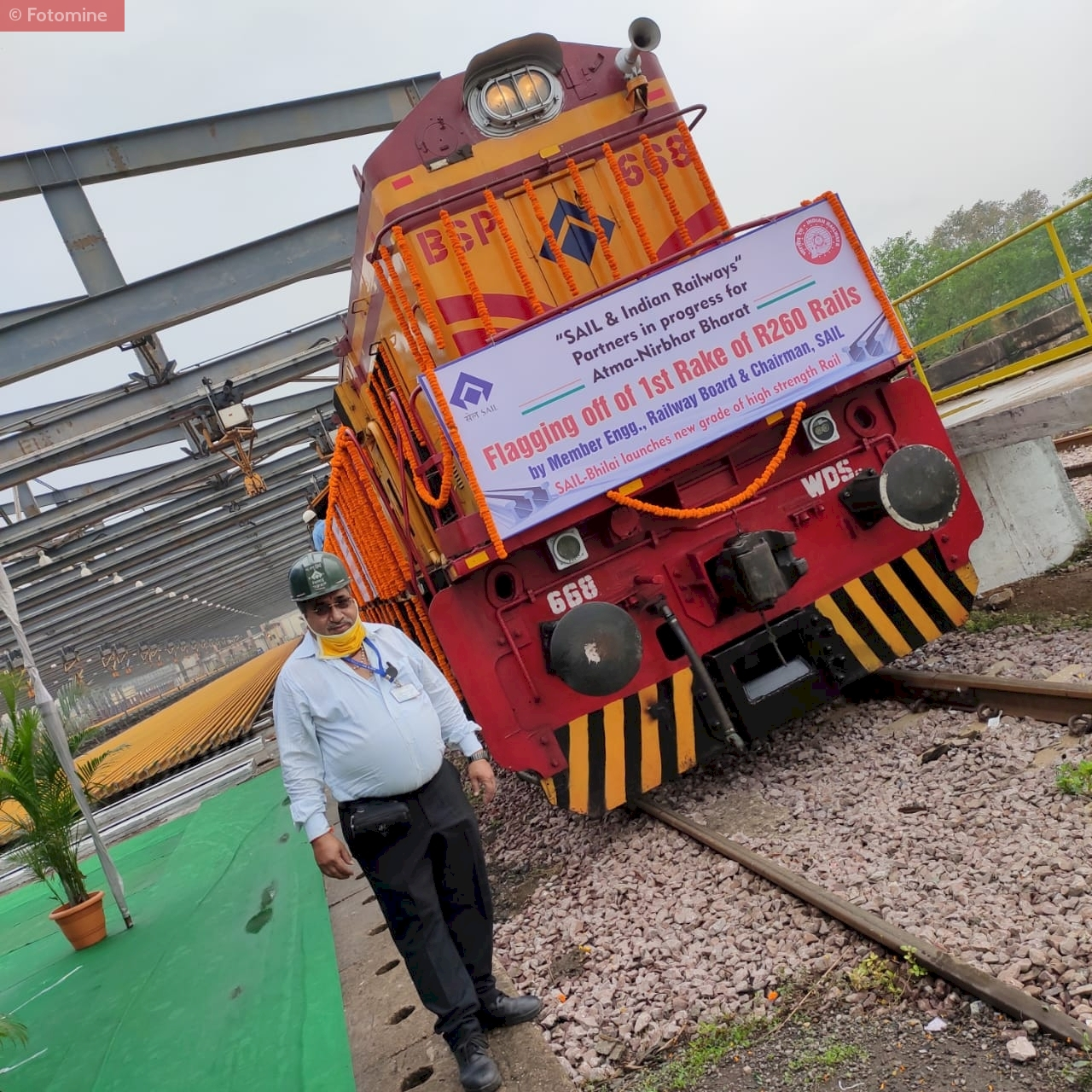 SAIL starts production of vanadium tracks for Indian railways